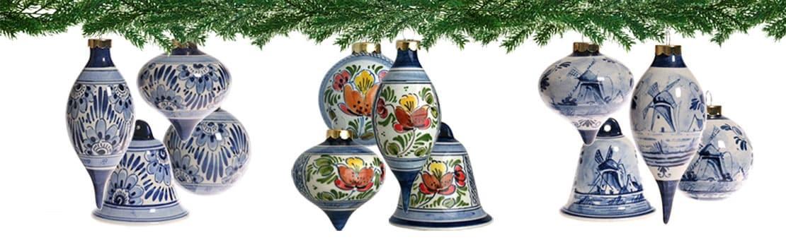 Delfts Blauwe handgeschilderde kerstballen, pegels en bellen